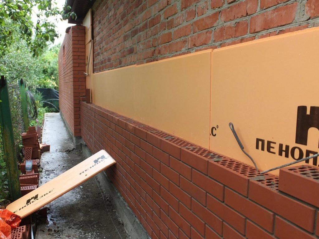 пенополистирол внутри стены