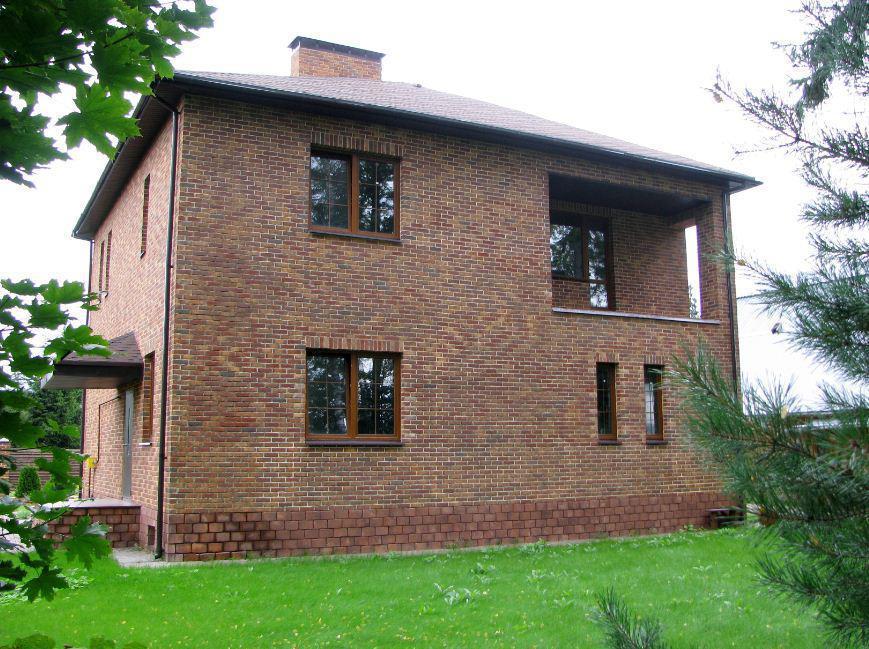 дом из рядового кирпича