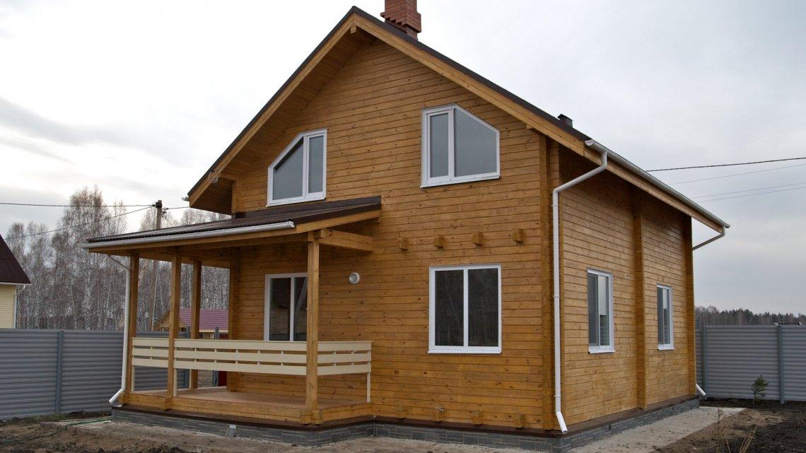 Сосна в строительстве, пиломатериалы из сосны,  свойства, плюсы и минусы домов из сосны