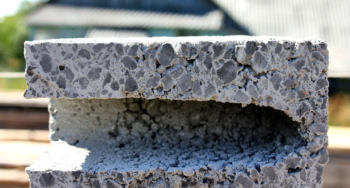 керамзитный блок в разрезе