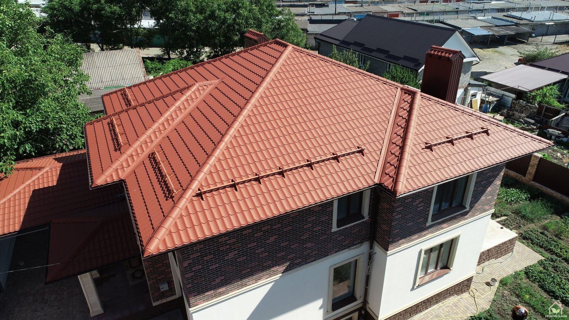 четырехскатняа крыша